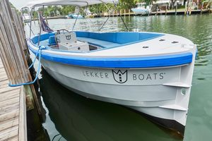 Used Custom Lekker Damsko Center Console Fishing Boat For Sale