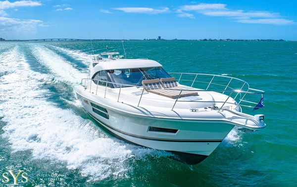Used Riviera 5000 Sport Yacht Motor Yacht For Sale