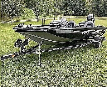 Used Tracker Pro Team 175 TXW Bass Boat For Sale