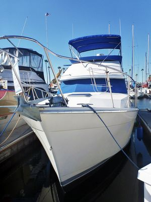 Used Bayliner 3288 Motoryacht Cruiser Boat For Sale