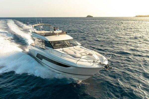 Used Prestige 590 Flybridge Boat For Sale