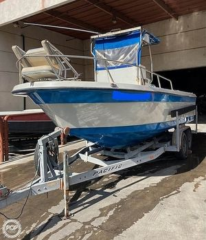 Used Radon 21 Center Console Center Console Fishing Boat For Sale
