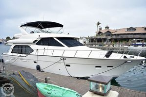 Used Bayliner 5788 Pilot-House Motoryacht Aft Cabin Boat For Sale
