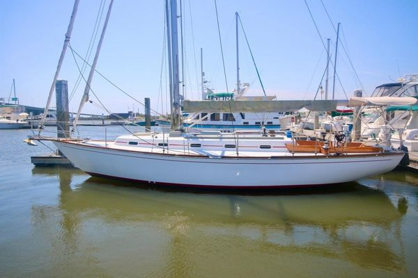 Used Cape Dory Cruiser Sailboat For Sale
