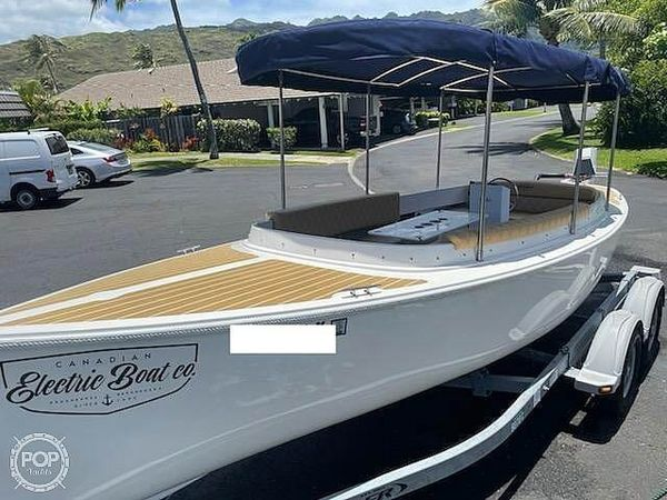 Used Canadian Electric 217 Fantail Runabout Boat For Sale