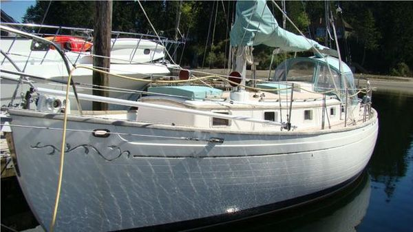 Used Huntingford True North 34 Cutter Cruiser Sailboat For Sale