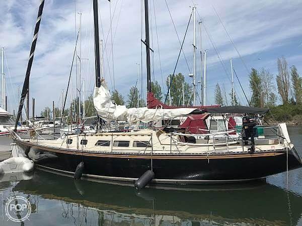 Used Newport 41 Sloop Sailboat For Sale