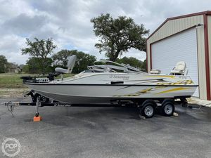 Used Lowe SD-224 Deck Boat For Sale