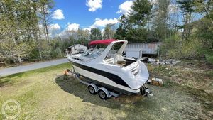 Used Chaparral 27 signature Express Cruiser Boat For Sale