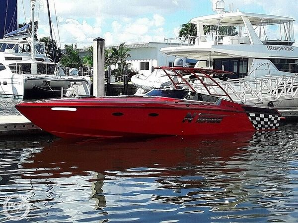 Used Scarab III High Performance Boat For Sale