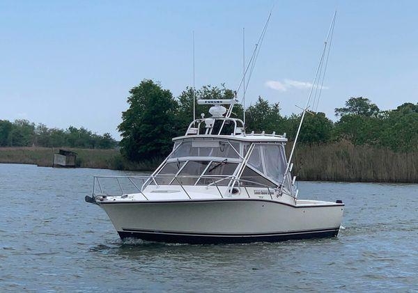 Used Carolina Classic Express Cruiser Boat For Sale