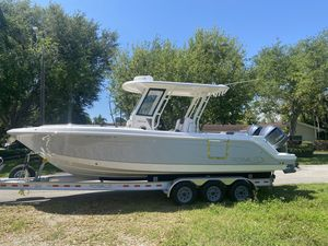 Used Robalo R272 Center Console Fishing Boat For Sale