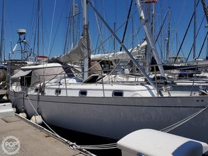 Used Kelly Peterson 44 Racer and Cruiser Sailboat For Sale