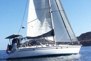 Used Hunter Legend 45 Cruiser Sailboat For Sale