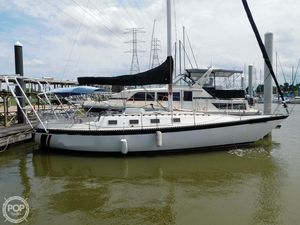 Used Lancer Yachts 36 Racer and Cruiser Sailboat For Sale