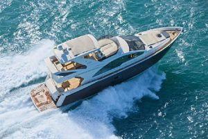New Schaefer 660 Flybridge Boat For Sale