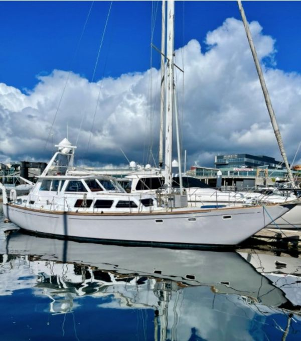 Used Challenger Sloop Sailboat For Sale