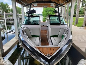 Used Nautique Super Air Nautique 230 Ski and Wakeboard Boat For Sale