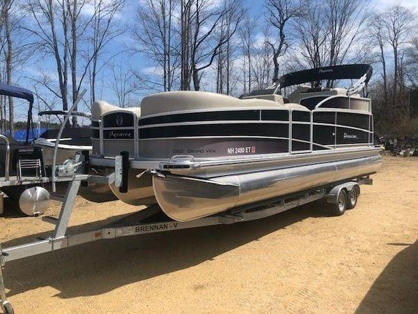 Used Premier 26 GRANDVIEW Pontoon Boat For Sale