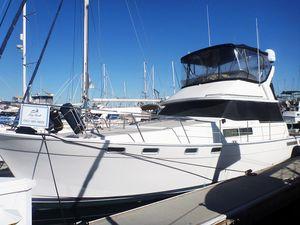 Used Bayliner 3870 Motor Yacht For Sale