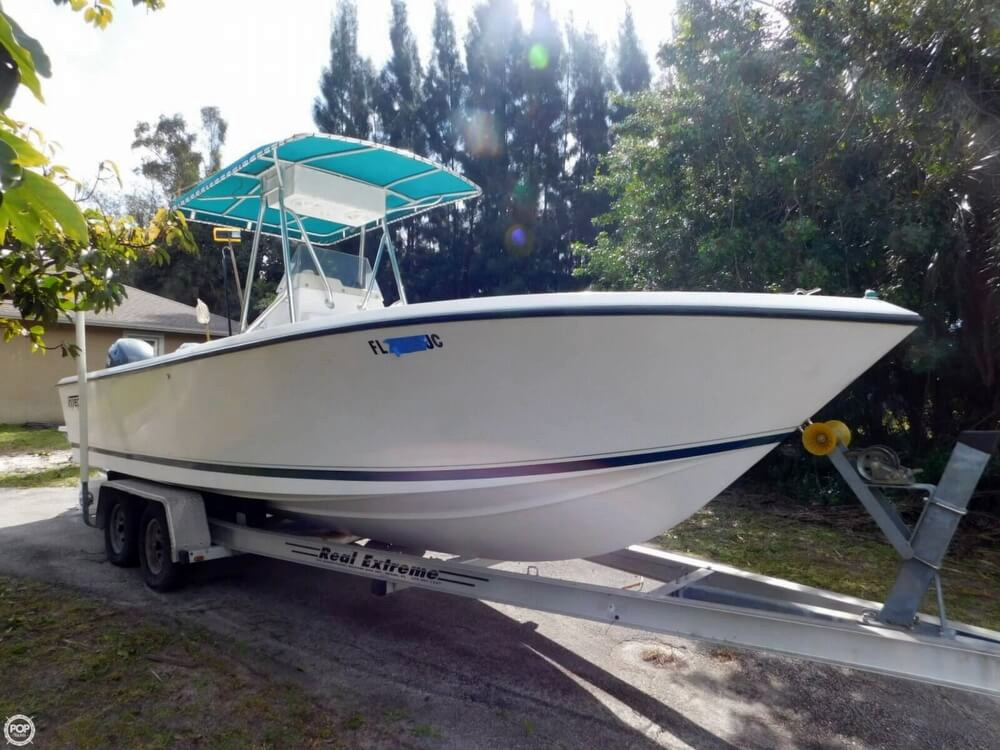 1995 used intrepid 23 center console fishing boat for sale for Used fishing boats for sale in florida