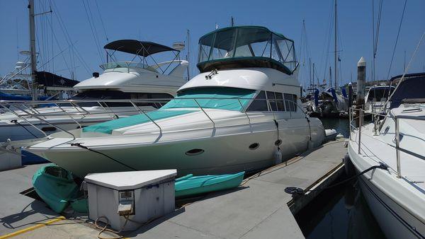 Used Silverton 362 Sedan Cruiser Convertible Fishing Boat For Sale