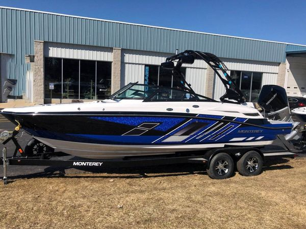 Used Monterey M45 Deck Boat For Sale