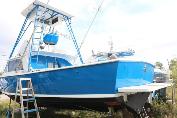 Used Bertram 31 Center Console Fishing Boat For Sale