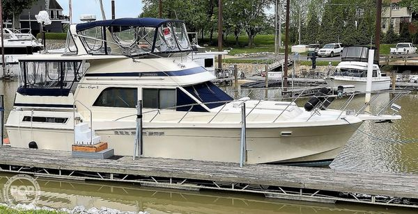 Used Chris-Craft Catalina 426 Aft Cabin Boat For Sale