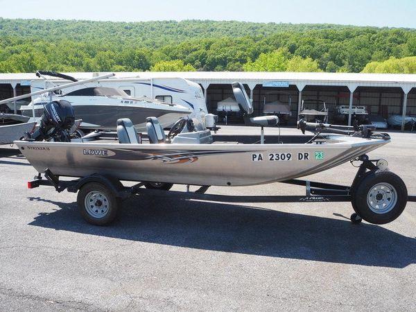 Used Lowe Multi-Species Series Stryker 16 Bass Boat For Sale