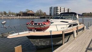 Used Cruisers Yachts Avanti Vee Express Cruiser Boat For Sale