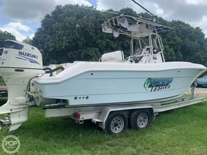 Used Hydra-Sports Vector 2400CC Center Console Fishing Boat For Sale