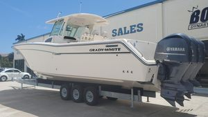 Used Grady-White Canyon 376 Saltwater Fishing Boat For Sale