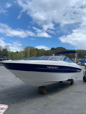 Used Bayliner 219SD Express Cruiser Boat For Sale