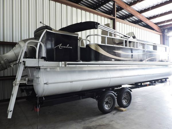 Used Avalon Excalibur LRE Pontoon Boat For Sale
