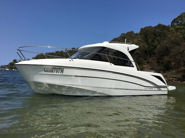 Used Beneteau ANTARES 7.0 OB Bowrider Boat For Sale