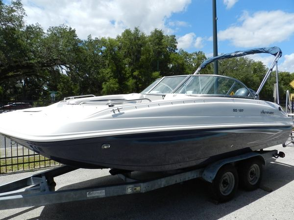New Hurricane 187 Deck Boat For Sale