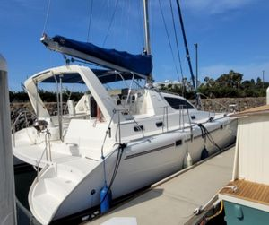 Used Leopard Moorings 3800 Catamaran Sailboat For Sale