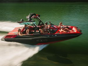 New Axis Wake Research A22 Pontoon Boat For Sale