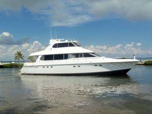Used Lazzara Grand Salon Skylounge Motor Yacht For Sale