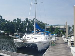 Used Endeavour Catamaran 30 Catamaran Sailboat For Sale