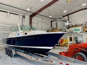 Used Hunt Yachts Surfhunter 29 Power Cruiser Boat For Sale