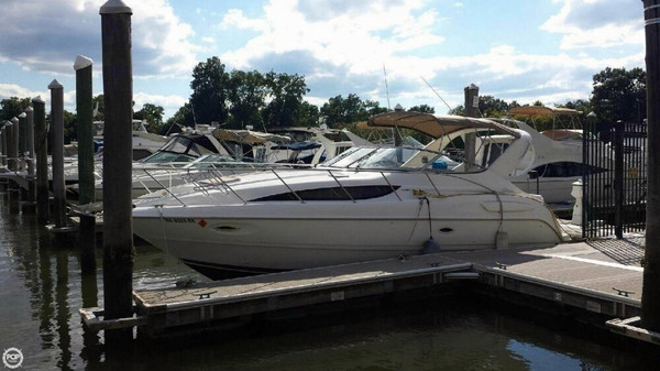 Used Bayliner 3055 Cierra Sunbridge LX Express Cruiser Boat For Sale