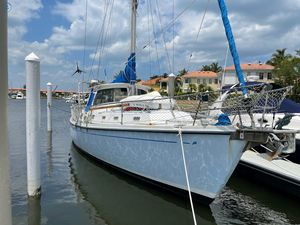 Used Morgan 461 - Cutter Rigged Center Cockpit Sailboat For Sale