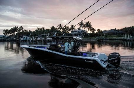 New Tidewater 320 CC Adventure Center Console Fishing Boat For Sale