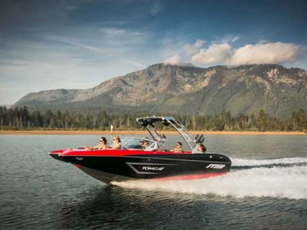 Used Mb Sports F22 Tomcat Power Cruiser Boat For Sale
