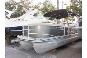 Used Harris Grand Mariner SL 250 Pontoon Boat For Sale
