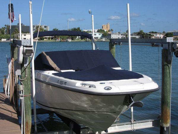 Used Boston Whaler Vantage Bowrider Boat For Sale
