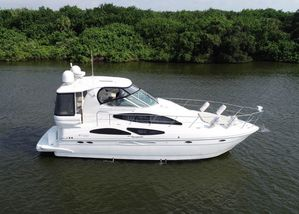Used Cruisers Yachts 415 Express Aft Cabin Boat For Sale