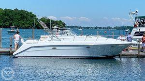 Used Rinker Fiesta Vee 300 Express Cruiser Boat For Sale